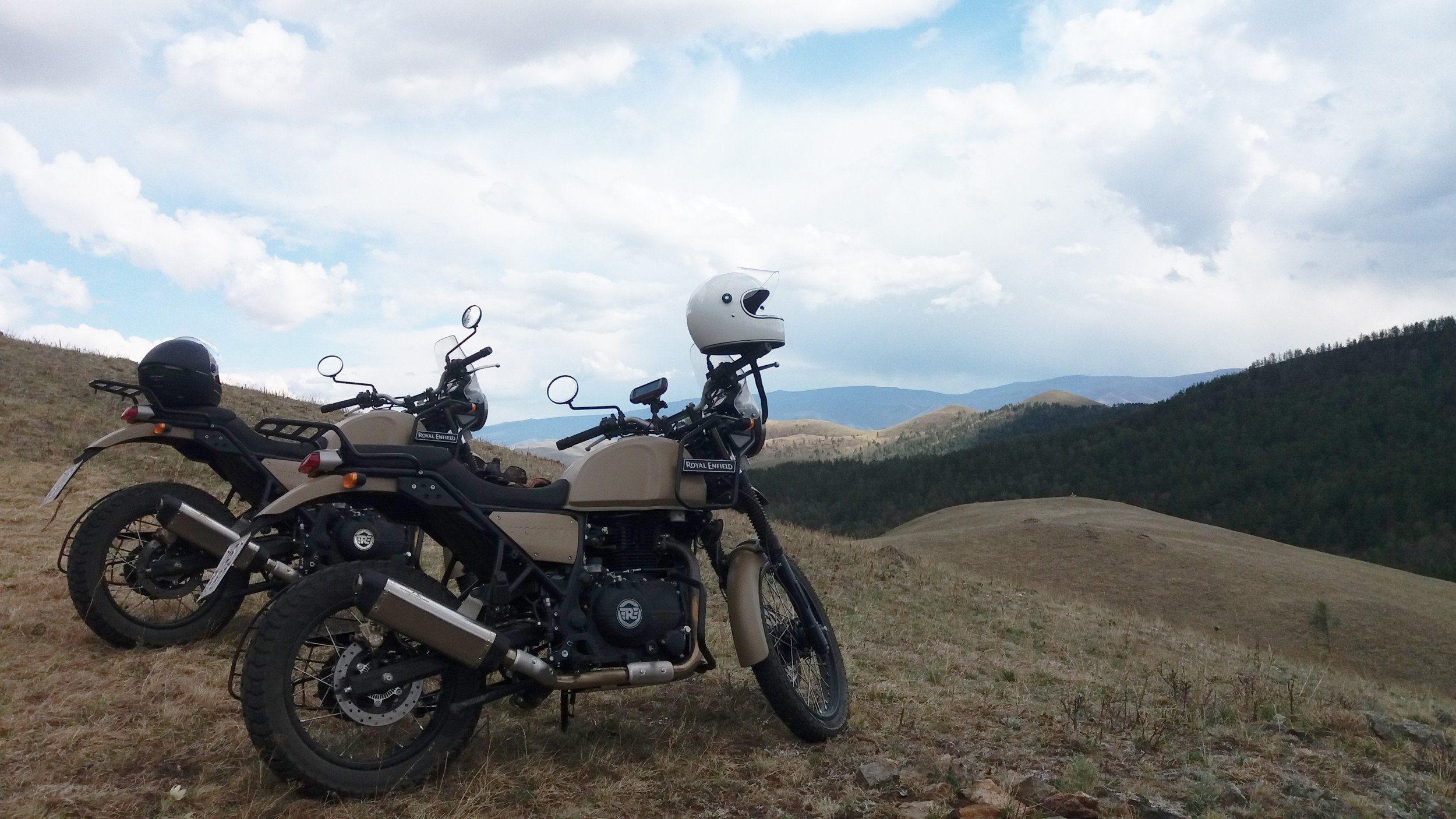 Motorrad-Roadtrip Frankreich - OFFROAD-FAHRKURS AUF EINER ROYAL ENFIELD HIMALAYAN