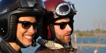 inde madhya pradesh couple moto