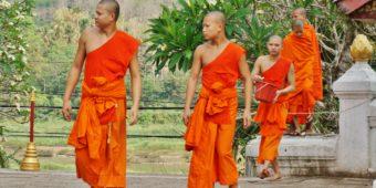 moines laos thailande