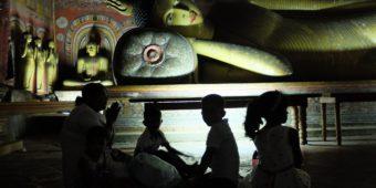 sri lanka bouddha grotte dambulla