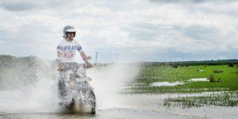 sri lanka en moto paysage motard